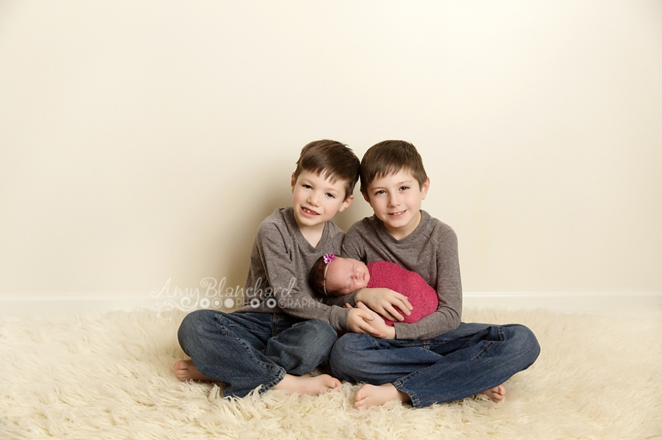 omaha-newborn-sibling-photography