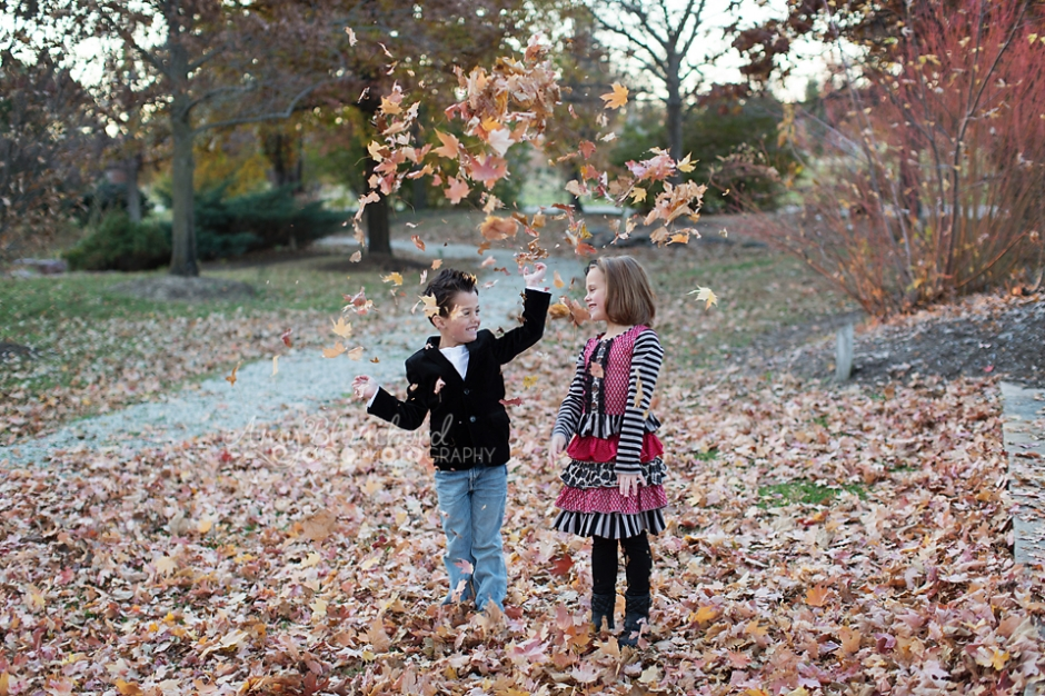 fall-photographer-family-omaha